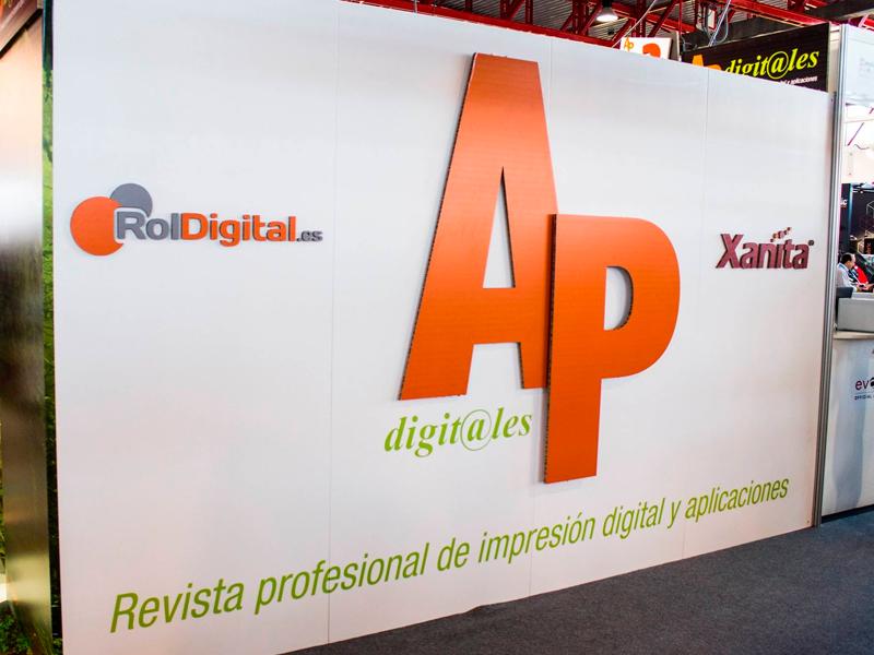 Stand AP Digitales Salón C-Print